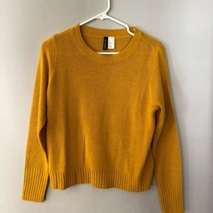 H&M mustard sweater size small
